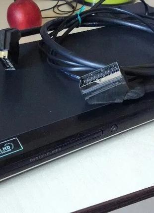DVD-плеер LG DNKU898 (DVD проигрыватель с функцией караоке)