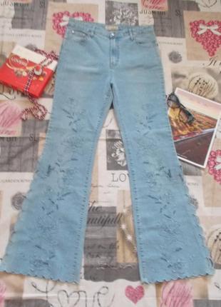 Голубые джинсы с вышивкой размер 48-50/xl