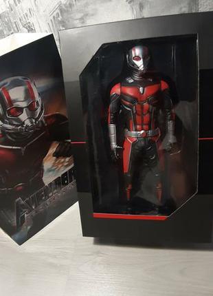 Фигурка Марвел Человек-муровей и Капитан Америка.