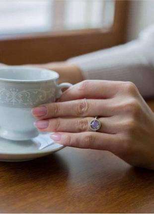 Кольцо серебро 925 лк0031 лунный камень радужный