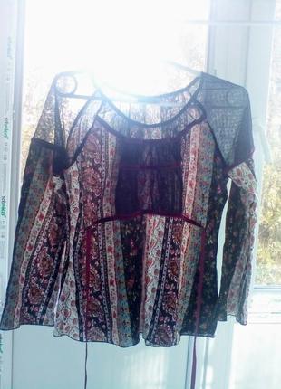 Хлопковая блуза от casablanca. красивый узор на ткани, сеточка...
