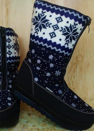Женские зимние теплые сапоги ботинки дутики сноубутс 37,38 размер