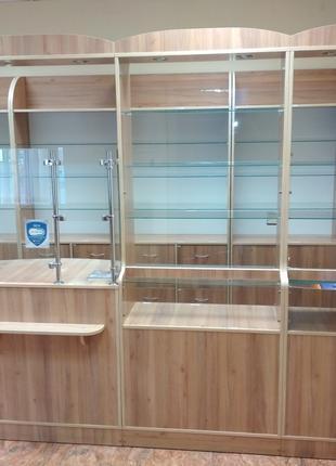 Полный комплект мебели для аптеки или для магазина