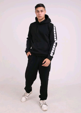 Худи утеплённое чёрное с бело-чёрными лампасами Adidas