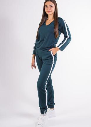 Спорт костюм женский  зеленый l