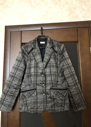 Актуальный мерцающий пиджак, жакет от бренда bonita - испания....