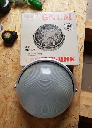 Светильник без решётки MIF 010 100W MAGNUM E27 IP54