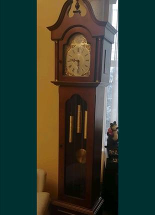 Часы напольные механические, антиквариат