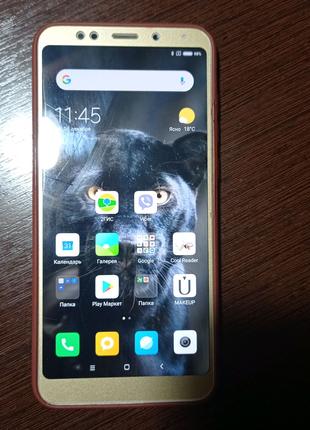 Смартфон Xiaomi Redmi 5+
