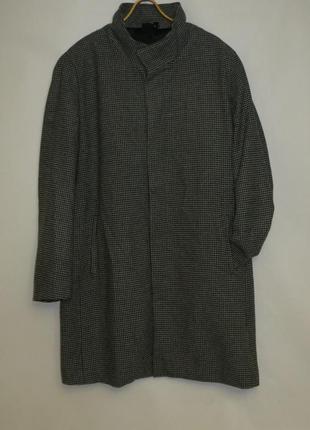 Пальто большого размера солидному мужчине