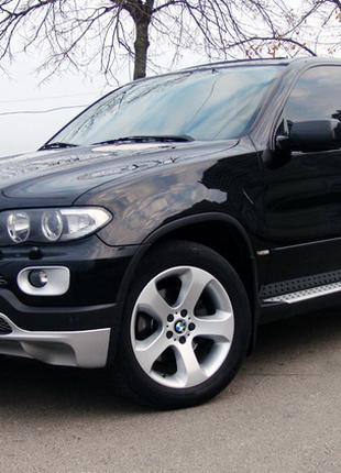 262 Внедорожник BMW X5 черный