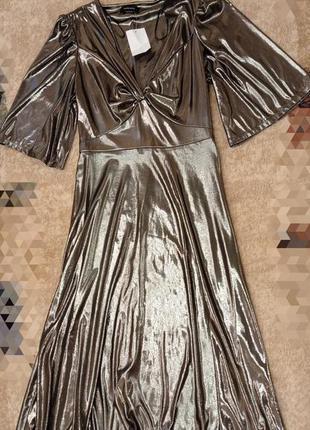 Стильное платье серебро металлический отлив