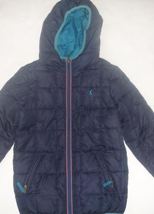 Фирменная двухстороняя куртка мальчику 7 лет отличная