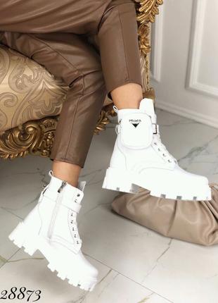 Ботинки зимние PRADA трактора кожа