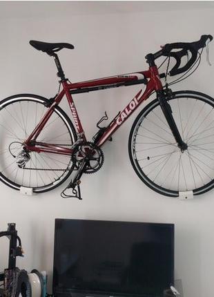 Настенное крепление для дорожного велосипеда Велосипед на стену