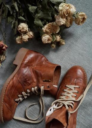 Ботинки осень -весна натуральная кожа