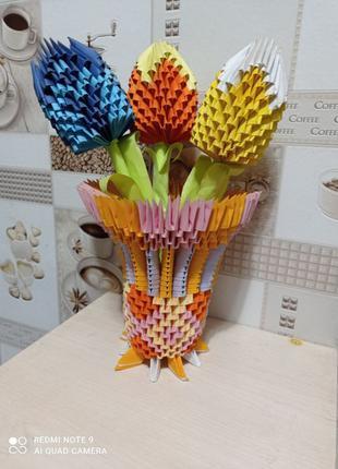 Вазочка с тюльпанами из модульного оригами. Подделки, рукоделие.