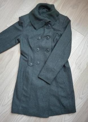 Прямое серое пальто, классика, yessica