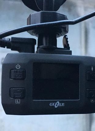 Автомобильный регистратор Gazer F121