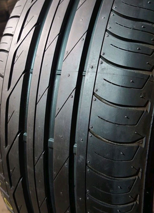 225/50 r18  Bridgestone Turanza T001