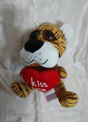 Мягкая игрушка тигренок с сердцем тигр