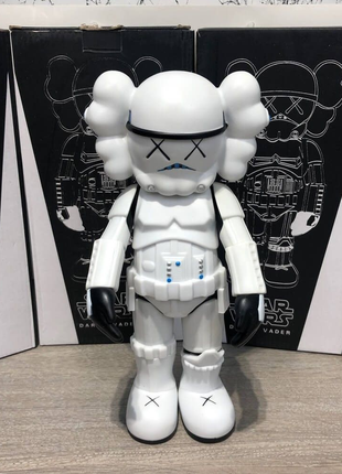 Kaws Star War Stormtrooper 400% Action Figure With Original Box W