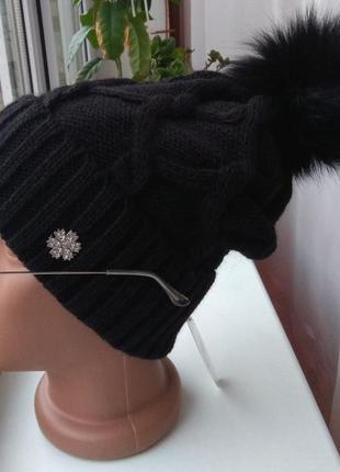 Новая стильная шапка с натуральным бубоном, черная