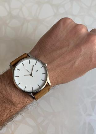 Мужские наручные часы с датой кожзам коричневые с белым
