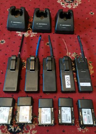 Рация Motorola GP68 +зарядное