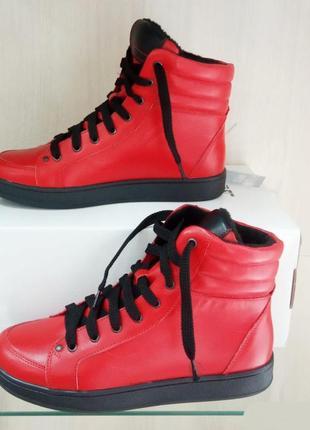 Кожаные женские спортивные высокие демисезонные красные ботинк...