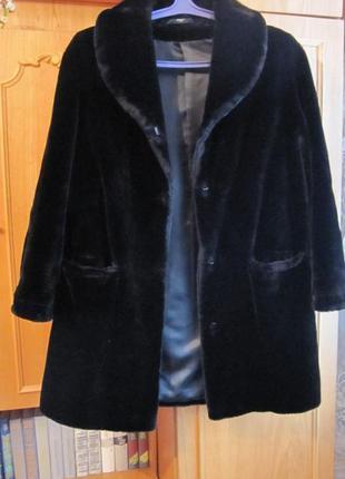 Шуба Marks&Spencer черная мутоновая размер М меховое пальто