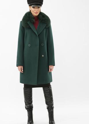 Зимнее пальто изумруд со съемным писцовым воротником