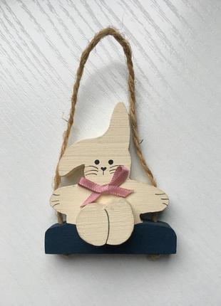 Игрушка деревянный заяц