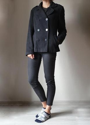 Короткое осеннее пальто pimkie