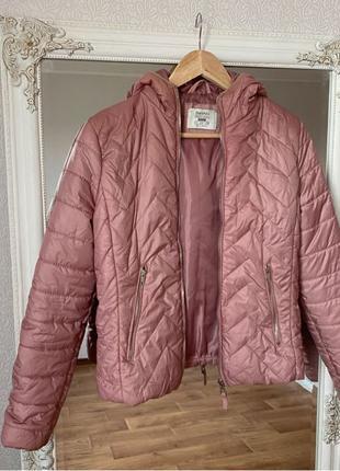 Куртка розовая bershka
