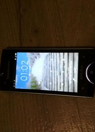 Телефон Sony Ericsson ST18i