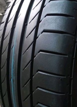Пара  235/45 r19 Continental Conti Sport contact 5 SSR