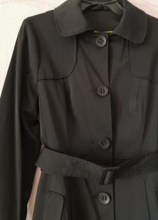 Черный женственный жакет в ретро стиле