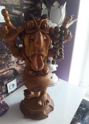 Статуэтка (цельное дерево)