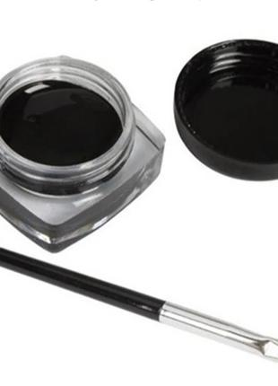 Черная подводка-гель для глаз с кисточкой