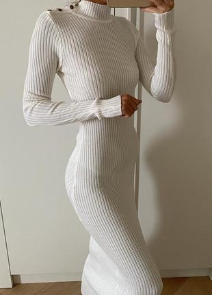 Трикотажное кашемировое платье макси angelann