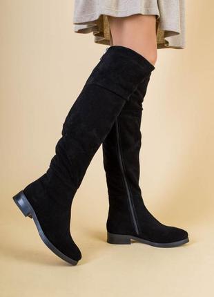 Женские зимние черные замшевые ботфорты