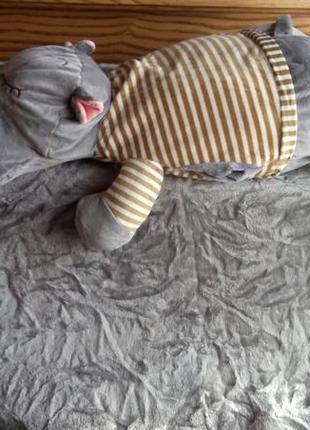 Игрушка подушка и плед внутри