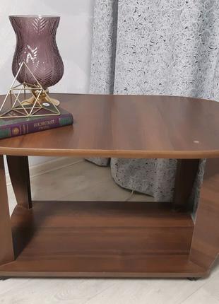 Журнальный стол/столик цвета венге