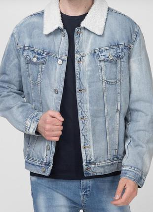 Мужская голубая джинсовая куртка