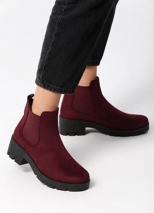 Новые женские осенние бордовые ботинки