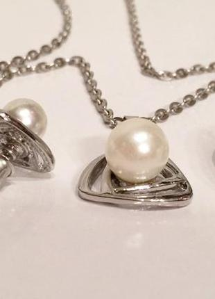 Серебряный набор с белой жемчужиной: цепочка с кулоном, серьги...