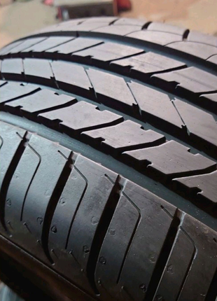 Комплект 205/50 r17 Goodyear Efficient Grip