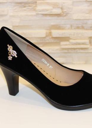 Туфли женские черные замшевые на каблуке
