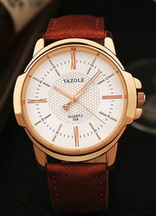 Мужские наручные часы с коричневым ремешком